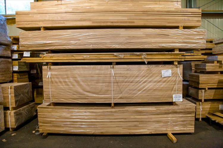 Мебельный щит из сосны 18 мм * 200 мм * 3000 мм - цена